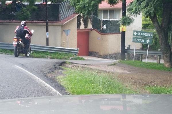 Take this turn to San Juan Tlacotengo/22 de Febrero